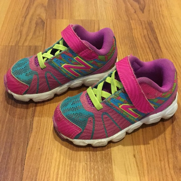 info for 11563 b6104 New Balance Toddler Girls Sneakers, Size 6